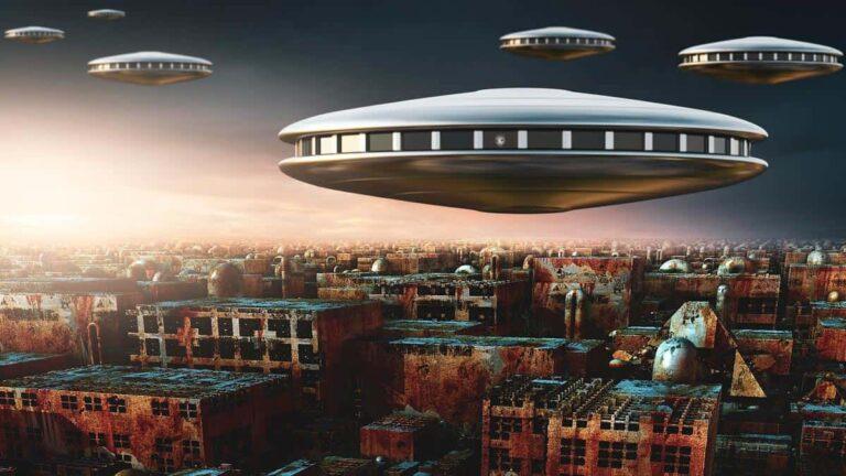 Los marcianos llegaron ya y los OVNIS llenaron internet